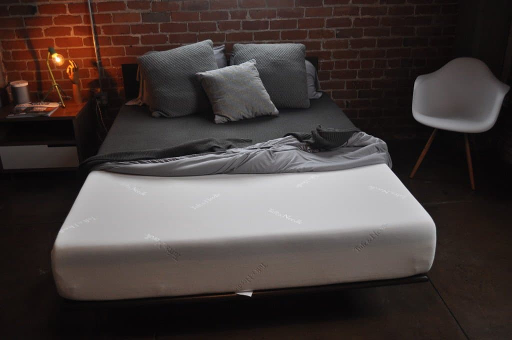 Leesa Vs Tuft Amp Needle Mattress Review Sleepopolis