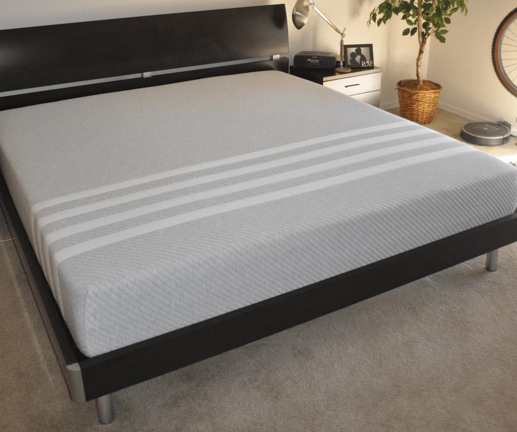Hybrid mattress - Leesa mattress (latex & memory foam hybrid)