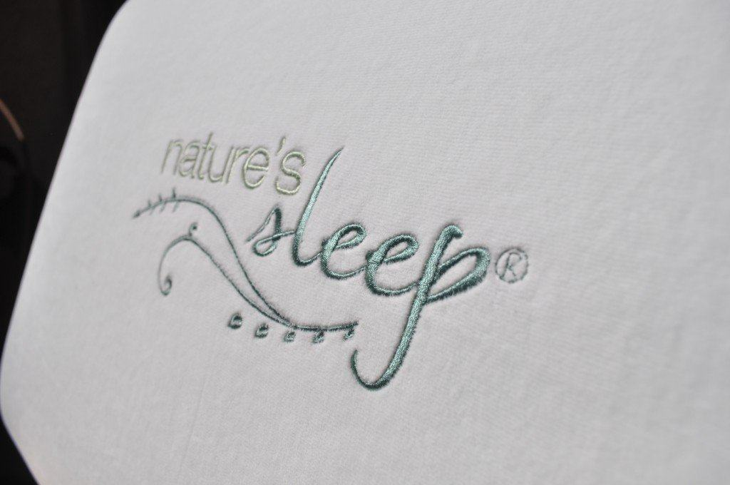 Nature's Sleep Gel Memory Foam Pillow Cover