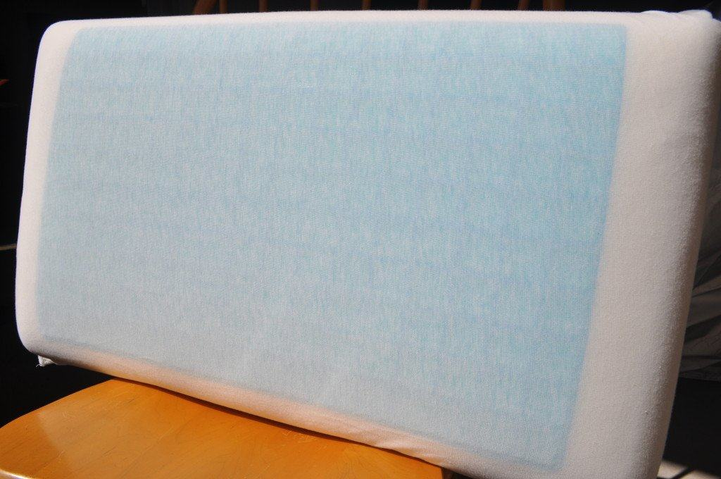 Nature's Sleep Gel Memory Foam Pillow gel layer