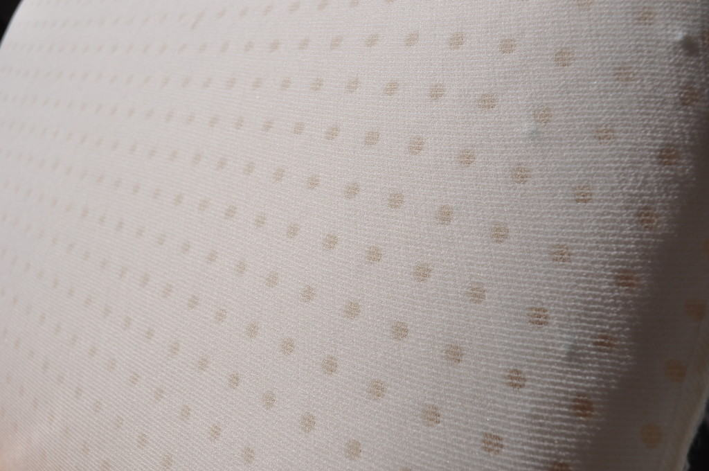 Yogabed pillow ventilation holes