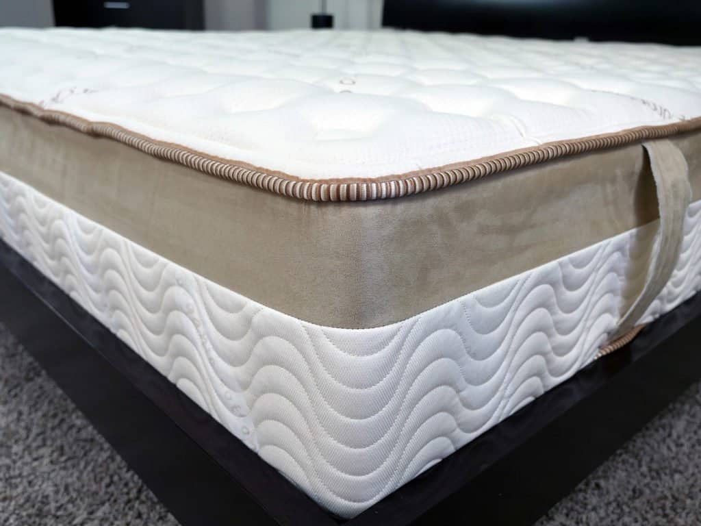 loom-and-leaf-mattress-cover-1024x768 Loom and Leaf vs. Leesa Mattress Review
