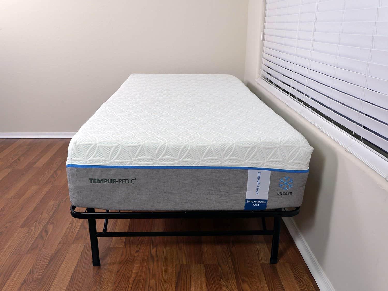 Tempurpedic Cloud Supreme Breeze mattress, Twin XL size