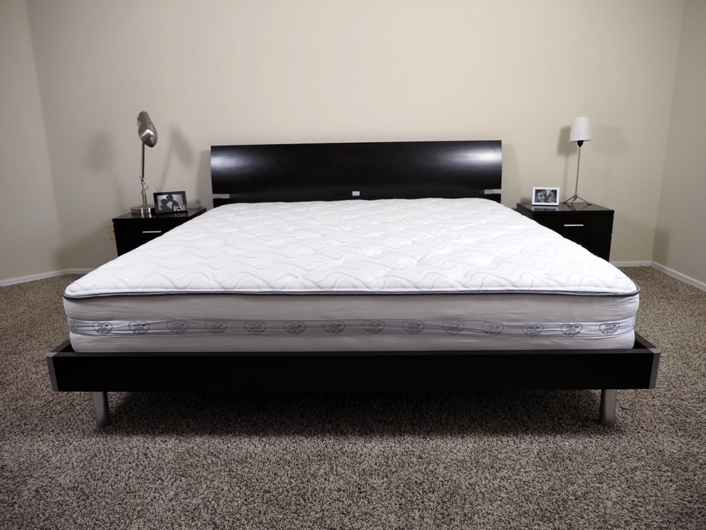 Nest Bedding Love Bed, King size, platform bed