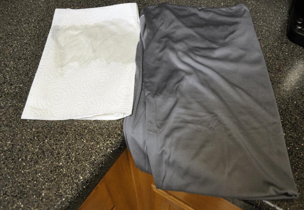 bedgear Dri-Tech sheets color test - zero color transfer