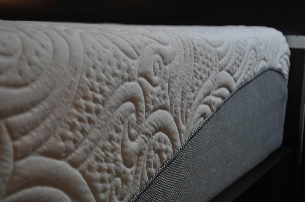 Celliant fiber mattress cover (Amerisleep Colonial pictured)
