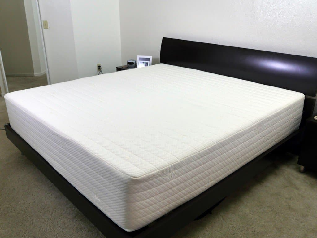 Brentwood Home Bamboo Gel 13 mattress - side view