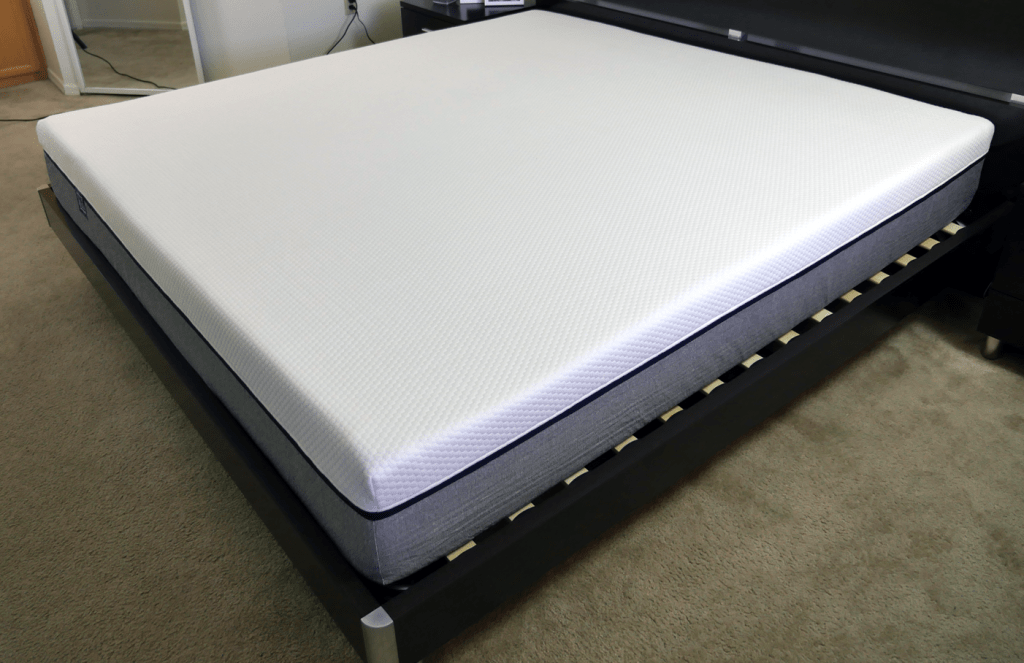 Lull mattress - side angle view