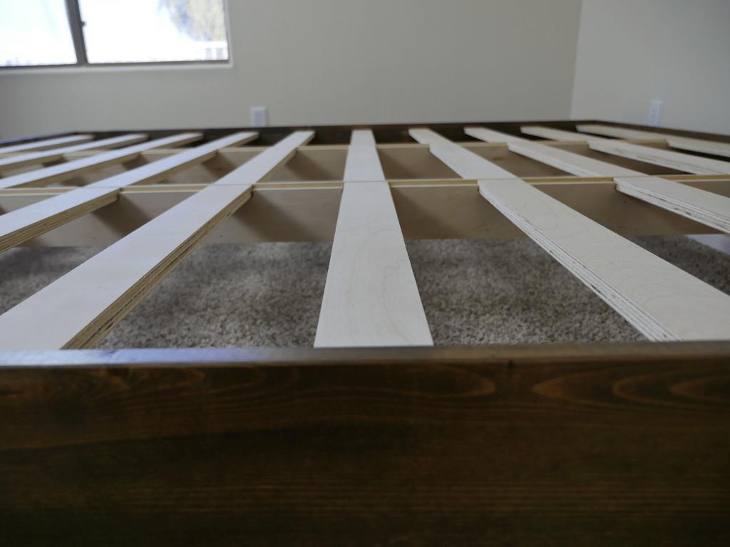 eLuxurySupply platform bed support slats