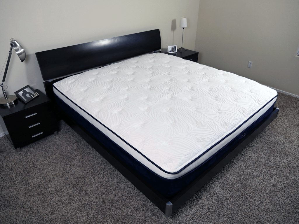 Angled view of the Nest Alexander hybrid mattress