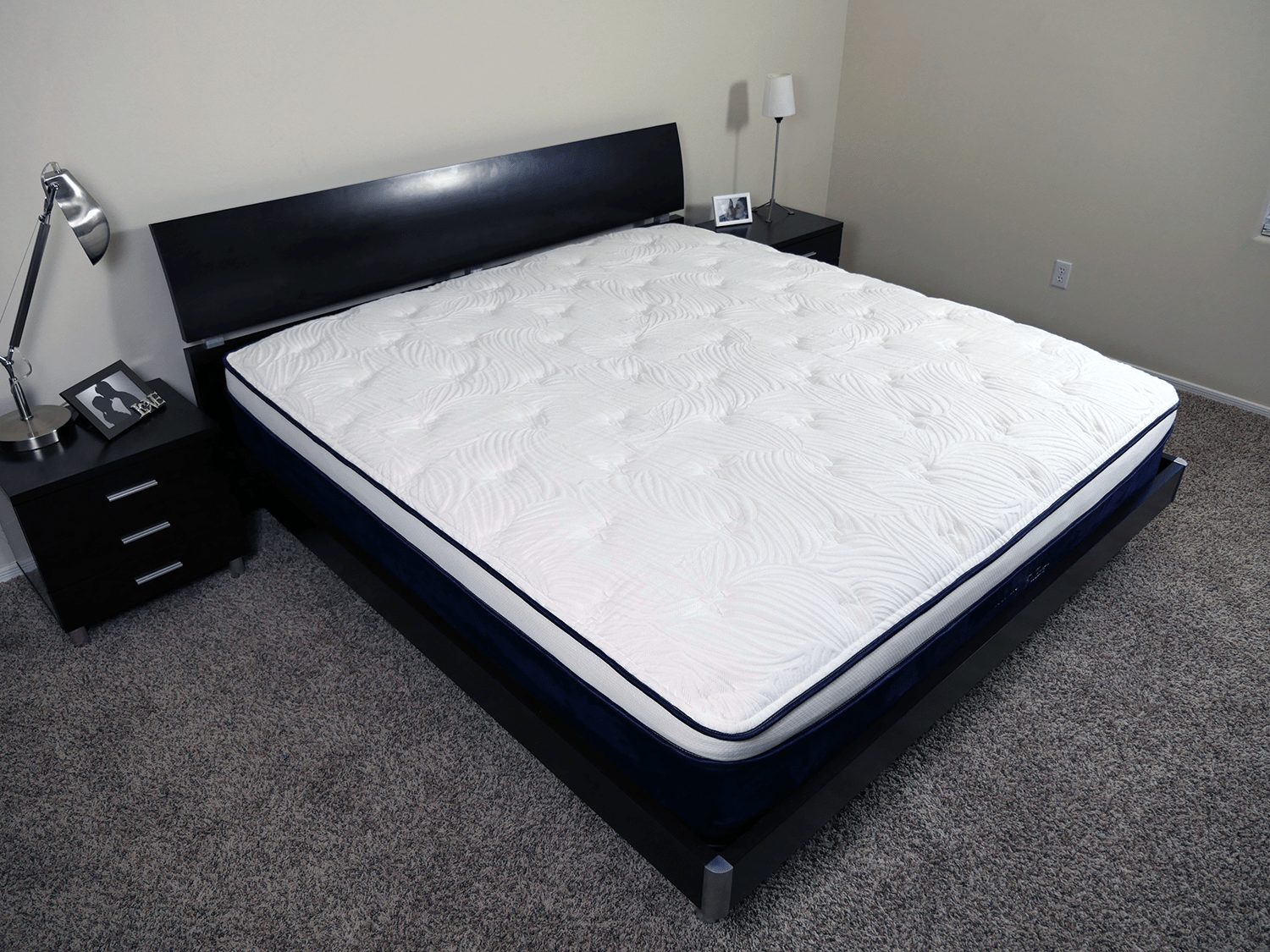 Nest Bedding Alexander Hybrid Mattress Sinkage Tests
