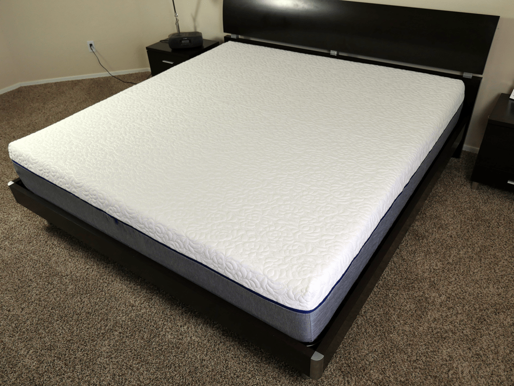 NovosBed mattress - side angle shot