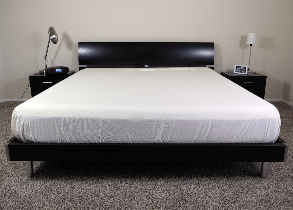 Snowe sheets on a King size mattress