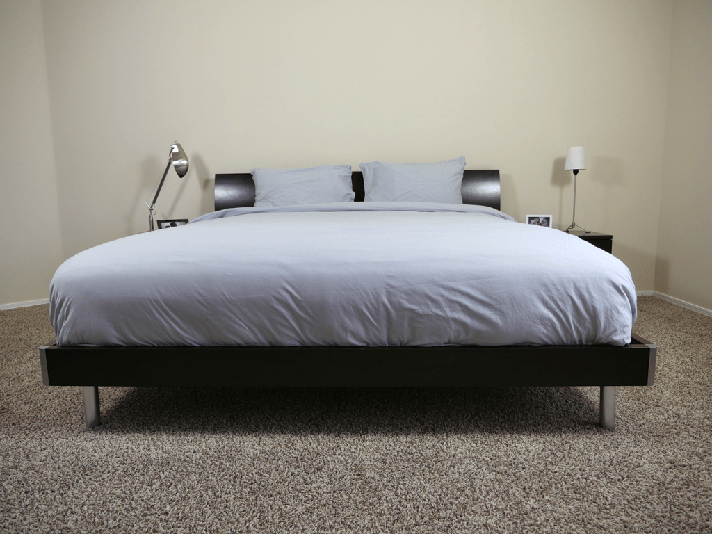 bedface sheets - king size on platform bed (duvet, fitted sheet, and pillow cases)