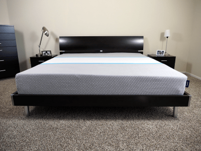 Hyphen mattress, King size, platform bed