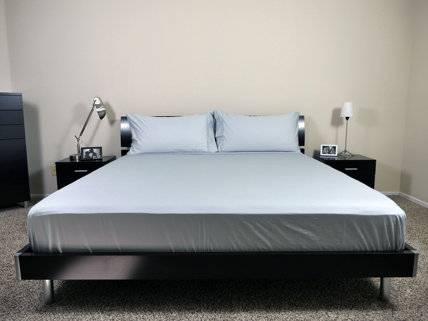 King size set of Woven cotton sheets by Malouf