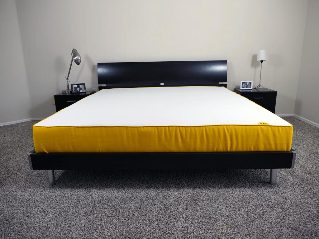 Eve mattress, King size, platform slat bed