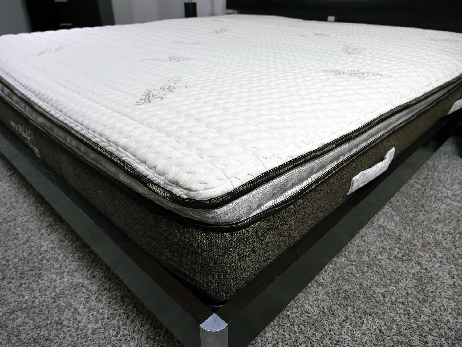 Close up shot of the Nest latex hybrid mattress cover