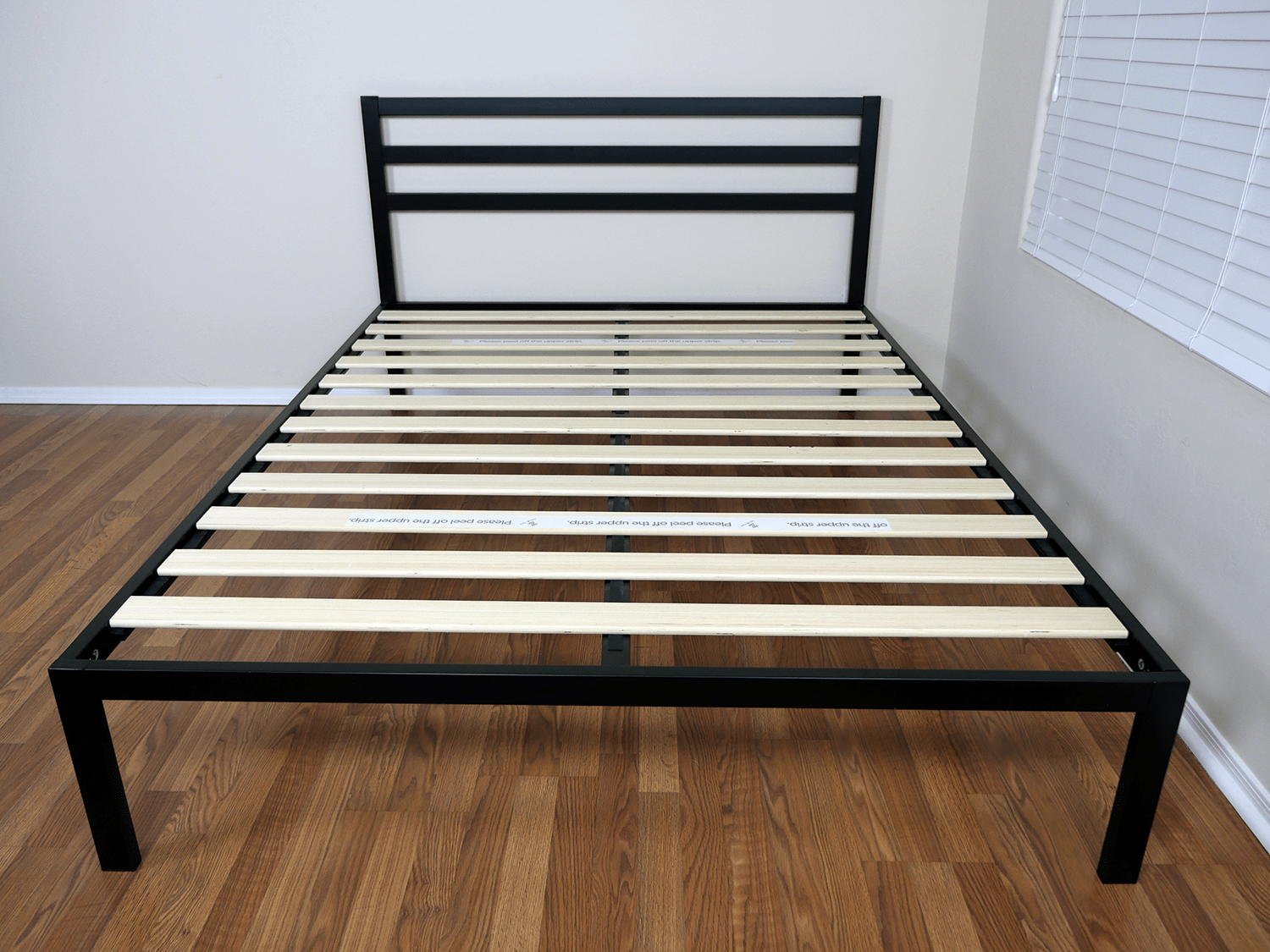 Zinus platform bed construction