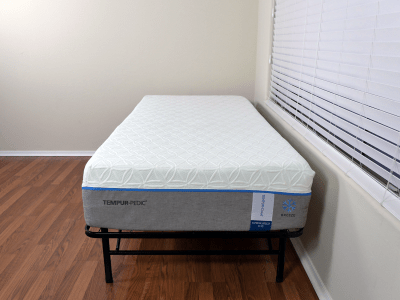 Twin XL Tempurpedic Cloud Supreme Breeze mattress