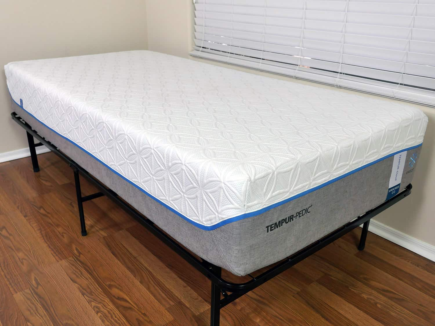 Close up shot of Tempurpedic Cloud Supreme Breeze