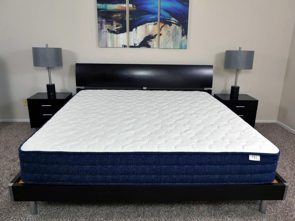 Brentwood Home Avalon mattress, King size