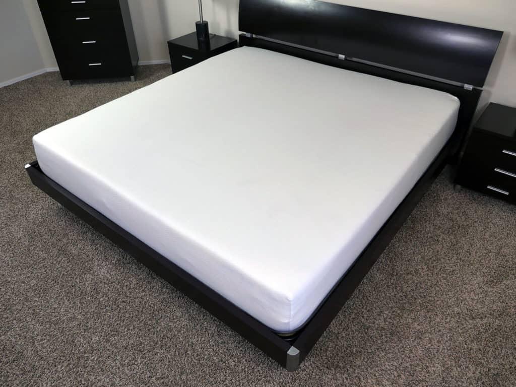 Angled view of the Eight Sleep mattress