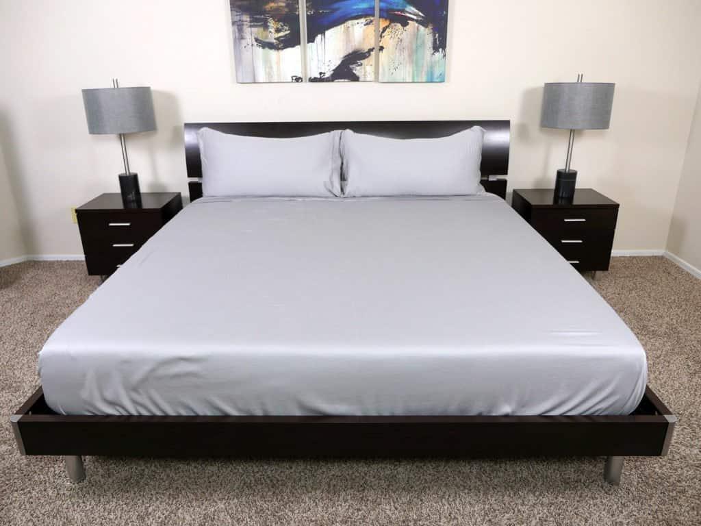 Nest Bedding bamboo sheets on a King-size mattress