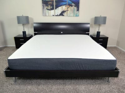 Casper mattress - King size, platform bed