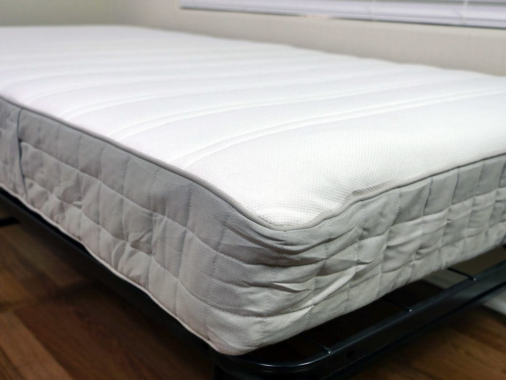 Close up shot of the Hasvag mattress cover