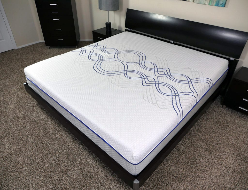 Angled view of the eLuxurySupply hybrid mattress