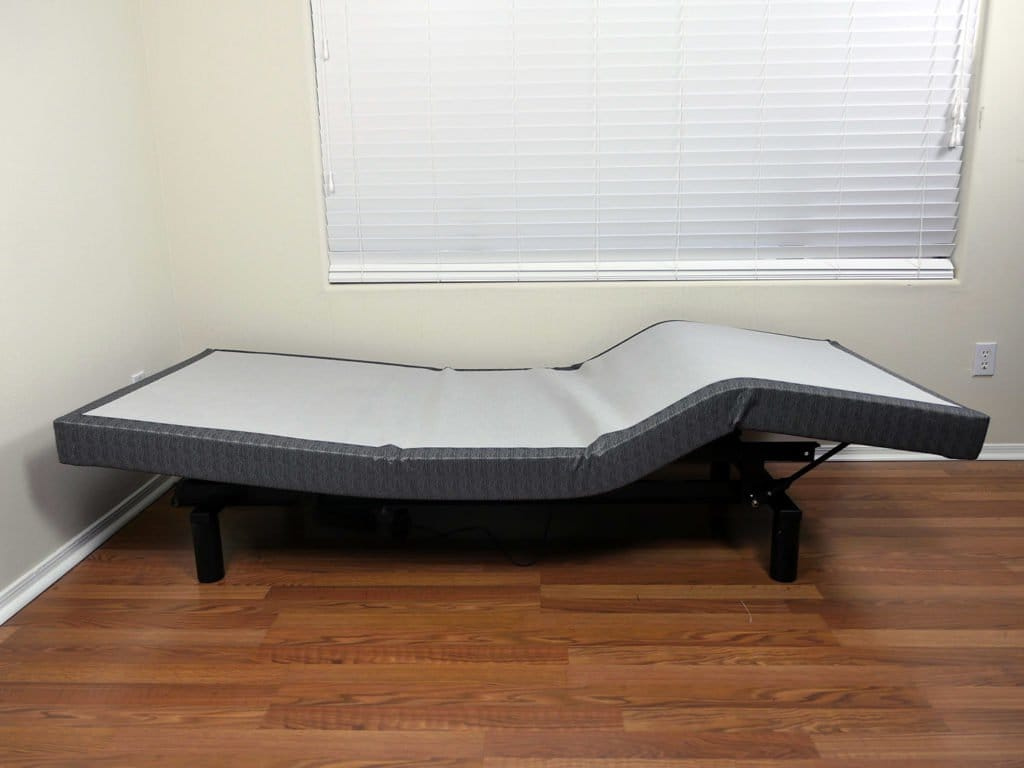 Zero-gravity position on the Lineal adjustable bed