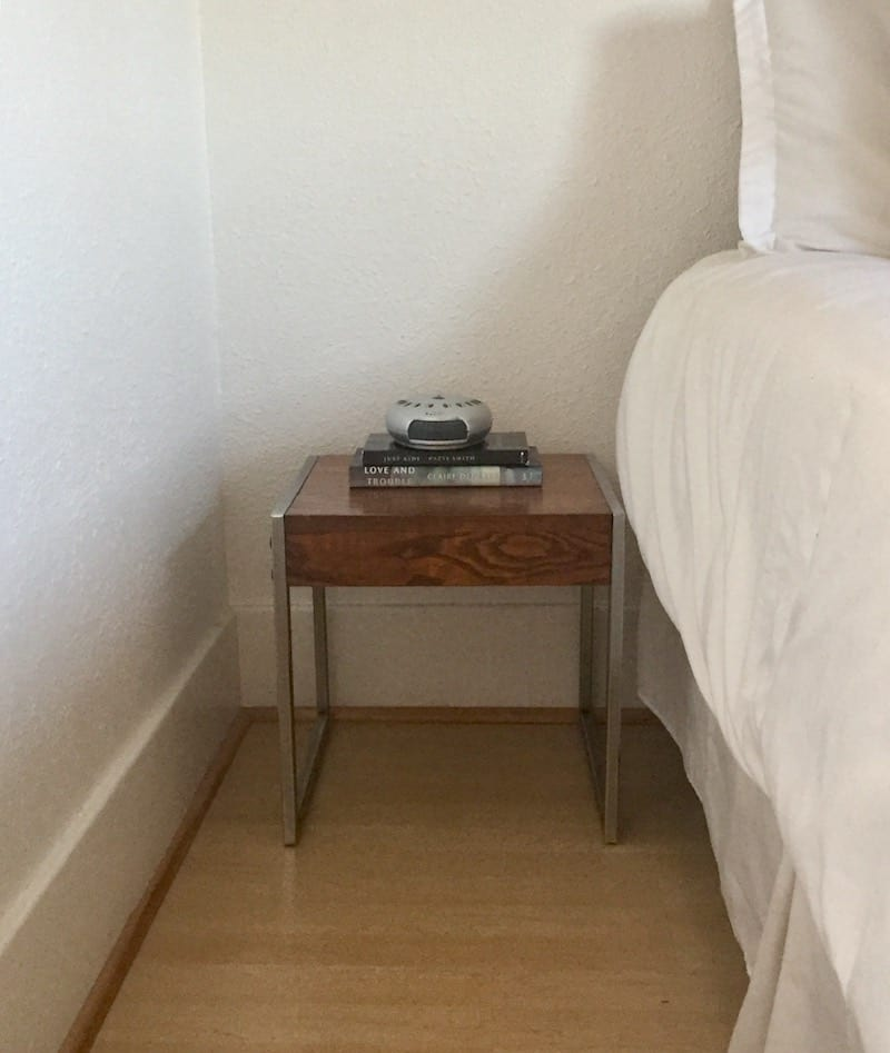 Conair Sound Therapy Bed Stand