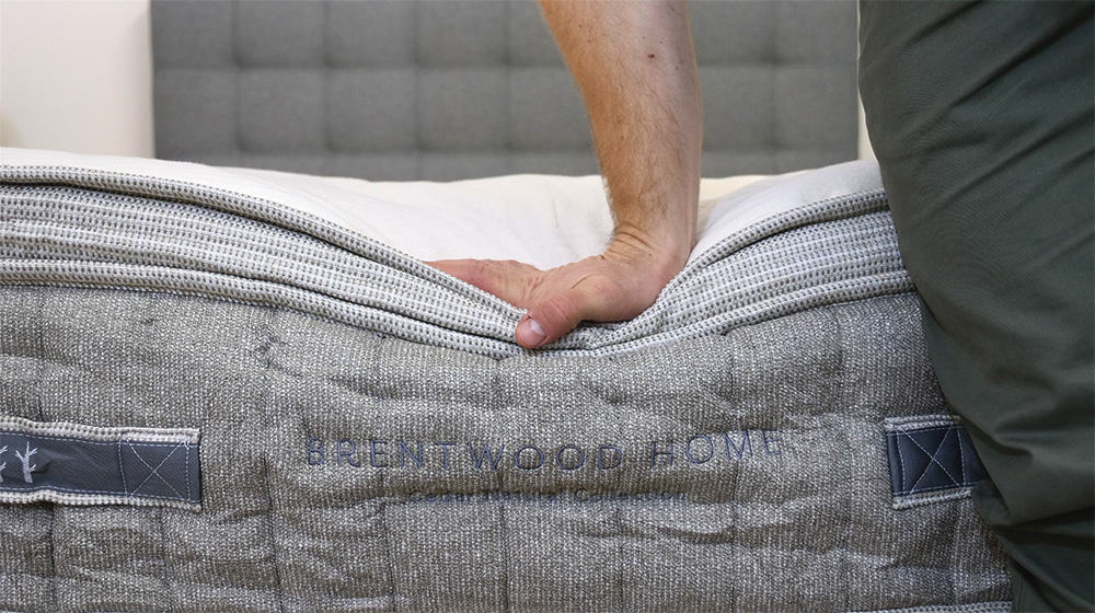 Brentwood Cedar mattress hand press