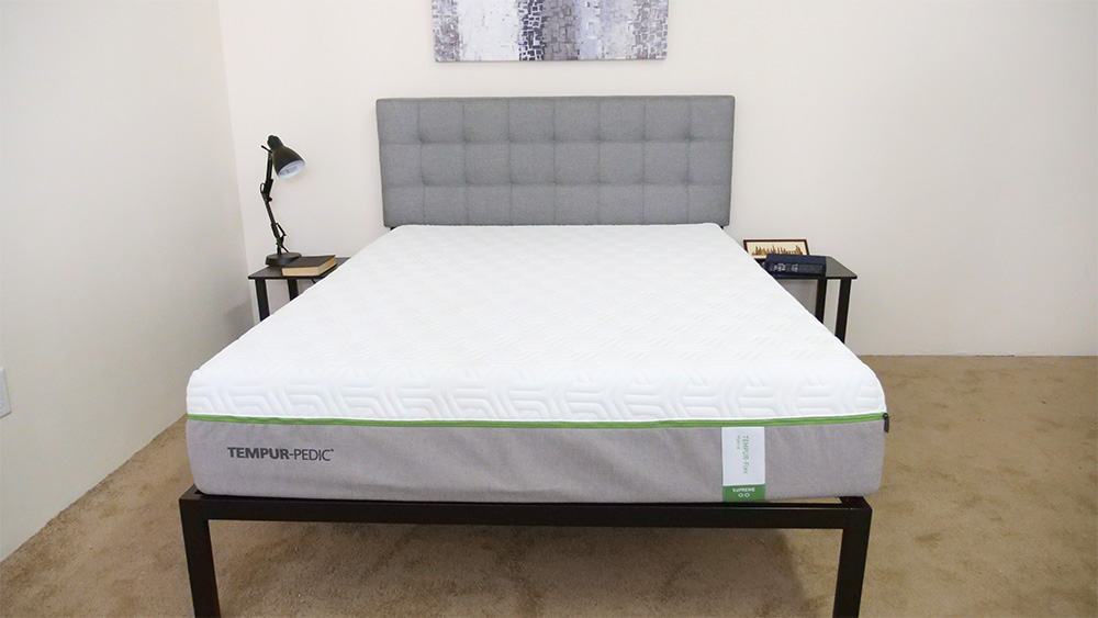 Tempurpedic Flex mattress in bedroom