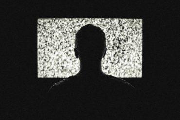 Study: Netflix Before Bed Harms Sleep