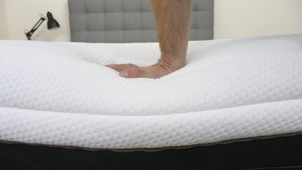 pressing into the luxi adjustable mattress - Adjustable Firmness Mattress