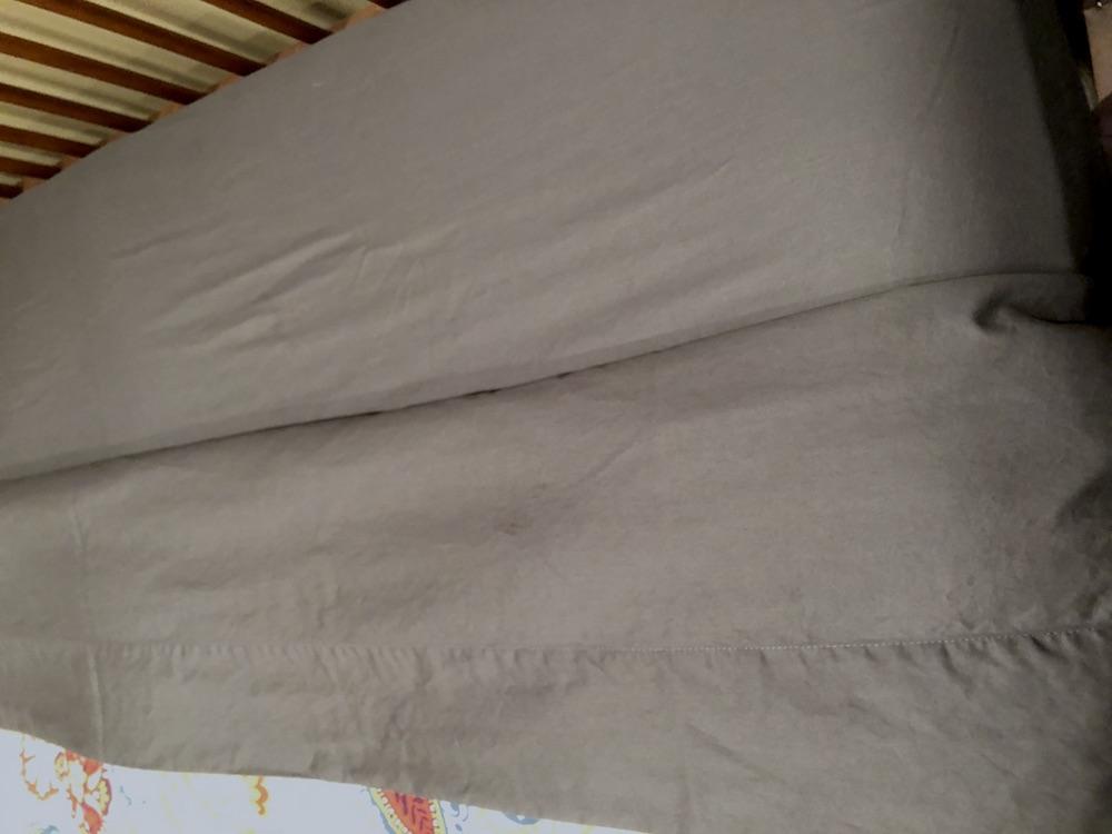 cloudten-amora-sateen-sheets-up-close Cloudten Sheet Review—Amora Sateen and Luna Percale