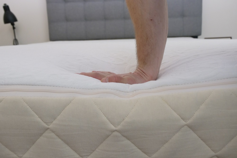 Happsy Mattress Review - Should You Buy an Organic Mattress?