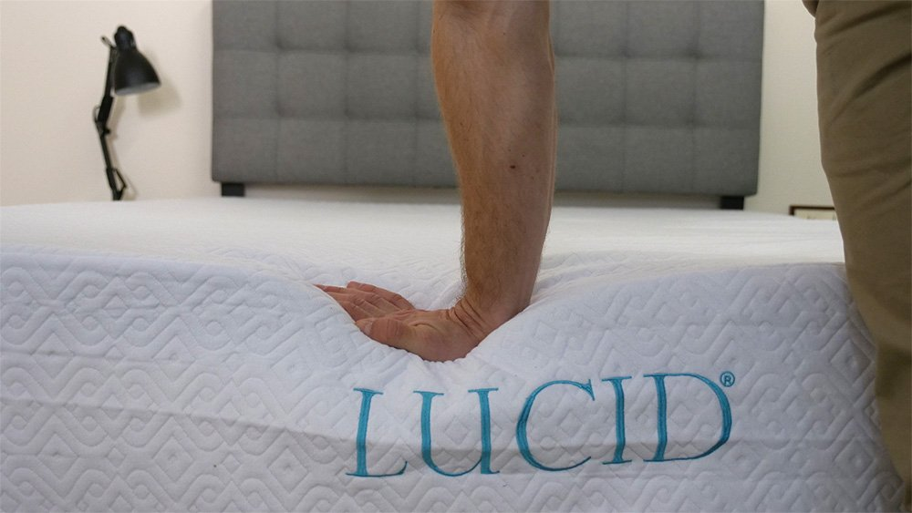 Lucid mattress hand press