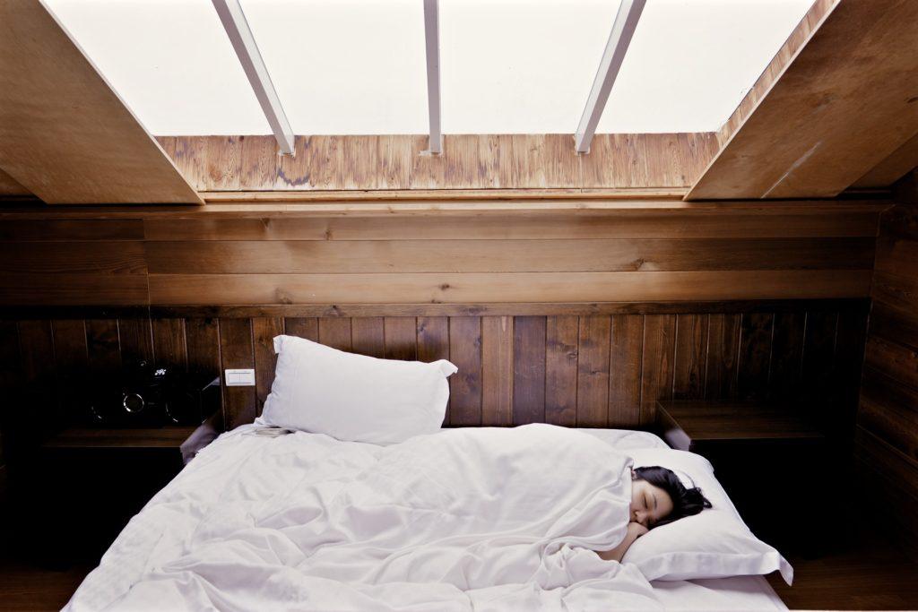 sleep-1209288_1920-1024x683 Researchers: Sleep In a Dark Room for Better Mental Health