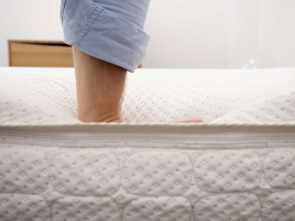 Snuggle-Pedic-Hand-Press Snuggle-Pedic Mattress Review
