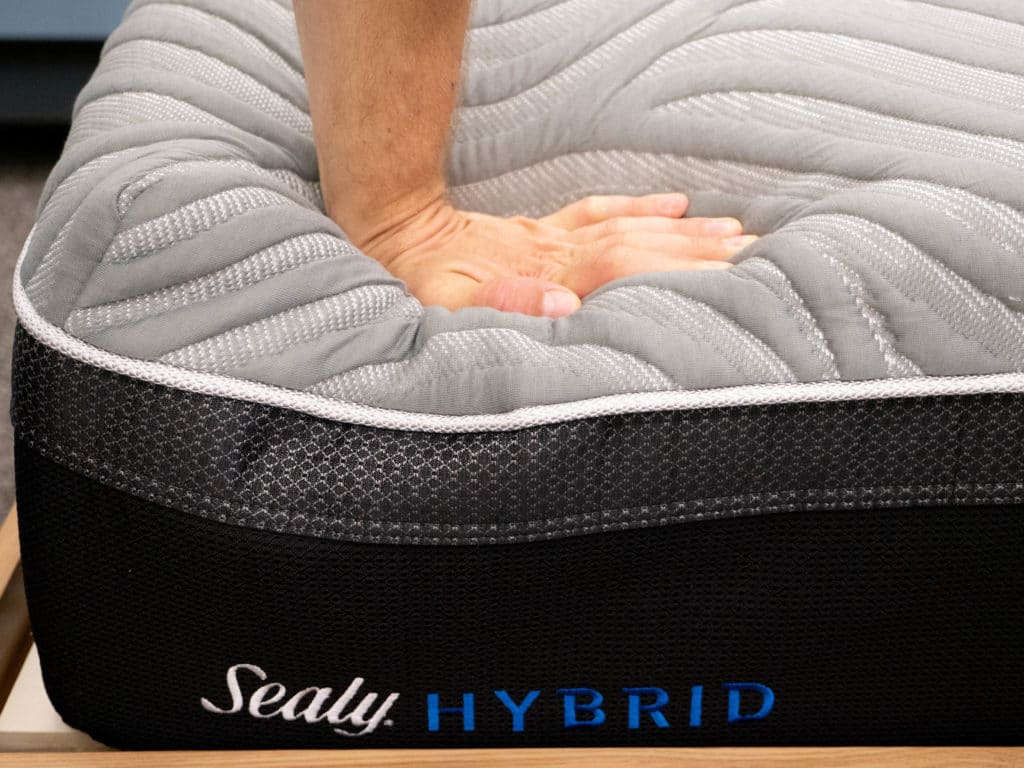 Sealy Hybrid Performance Hand Press Top