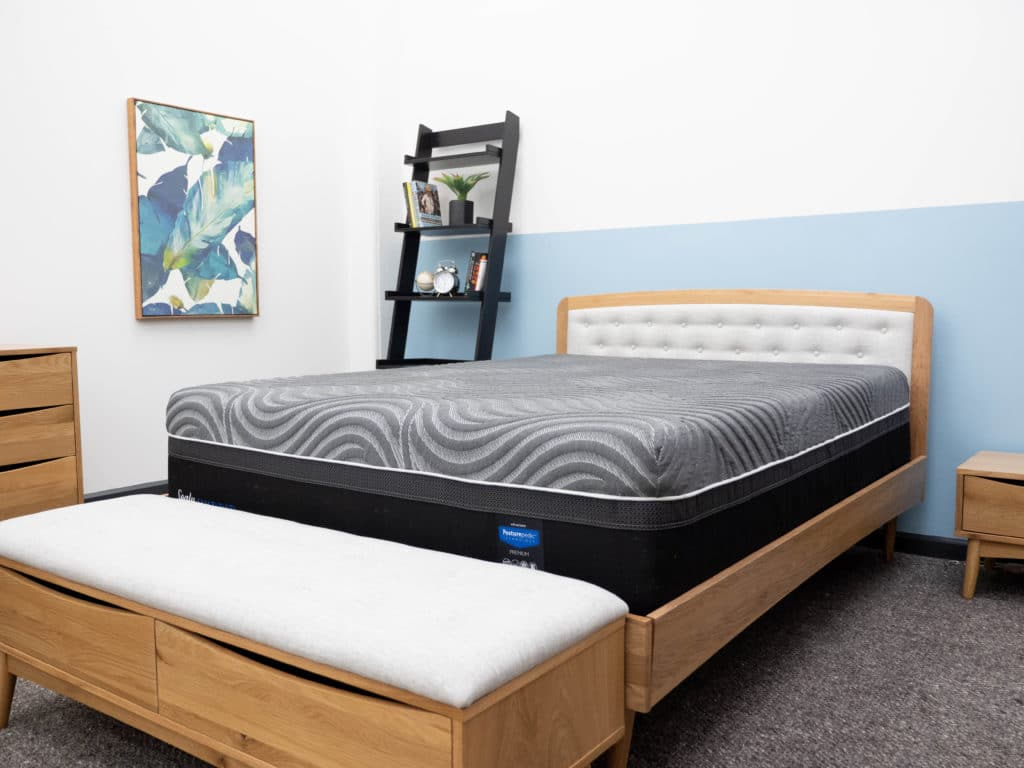 Sealy Hybrid Premium mattress set up