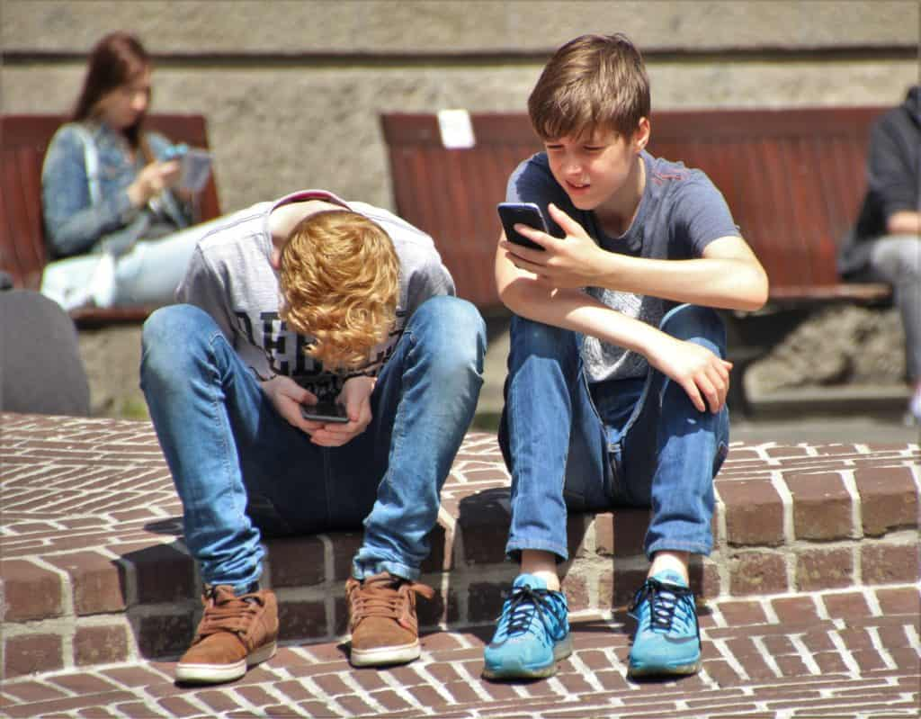 teenage phone usage