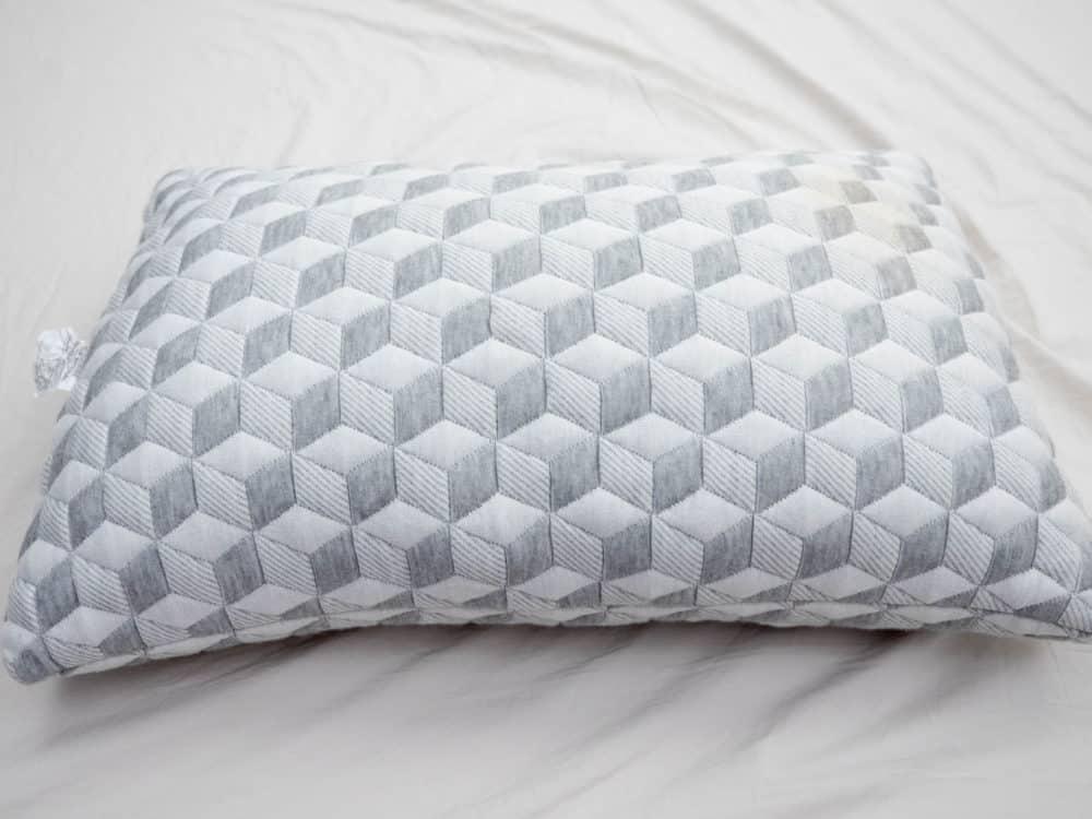 Layla Pillow Giveaway Sleepopolis