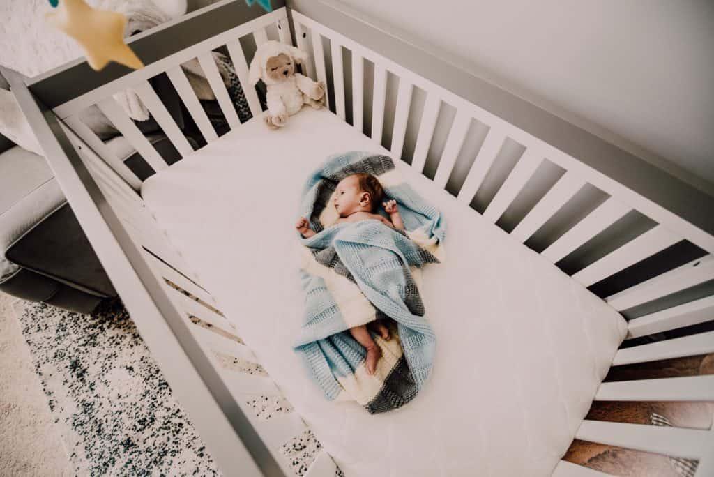 baby bed bedroom 971435