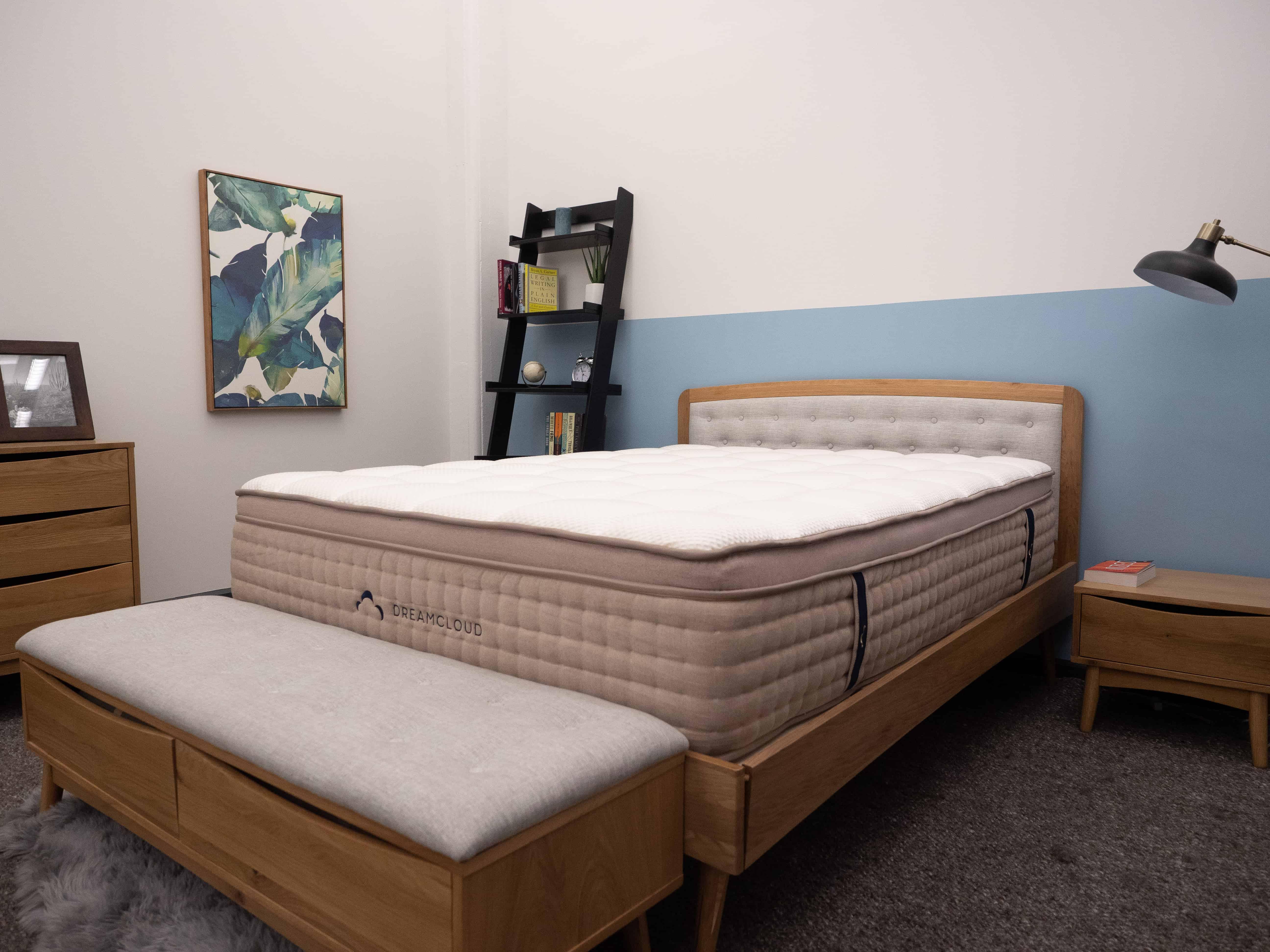 2155475 DreamCloud Mattress Review