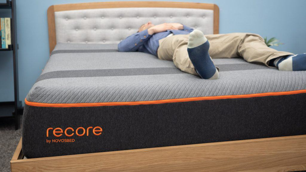 Back sleeping on the Recore mattress
