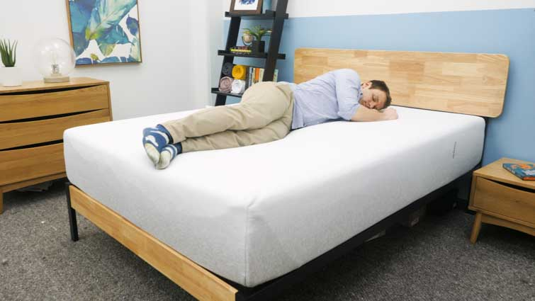 Casper Wave Hybrid Side Sleeping